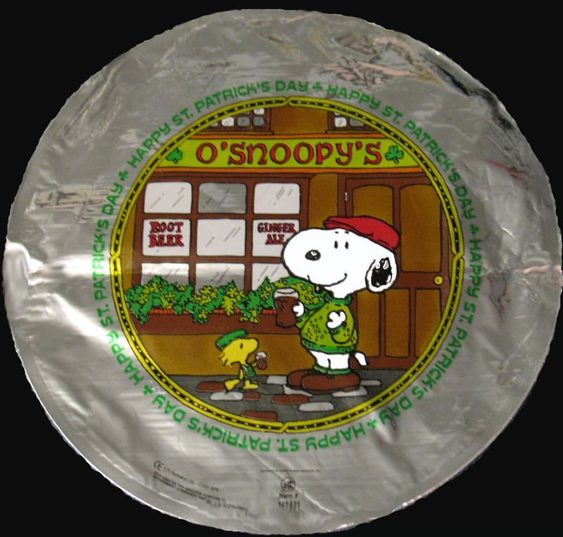 "Snoopy 9"" St. Patrick's Day Balloon (Air fill)"
