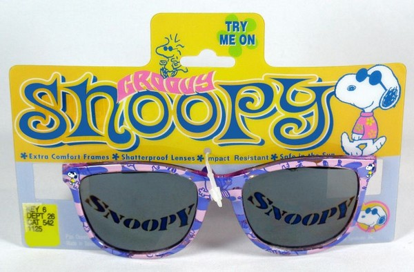 Snoopy Groovy Sunglasses With Mirrored Lens