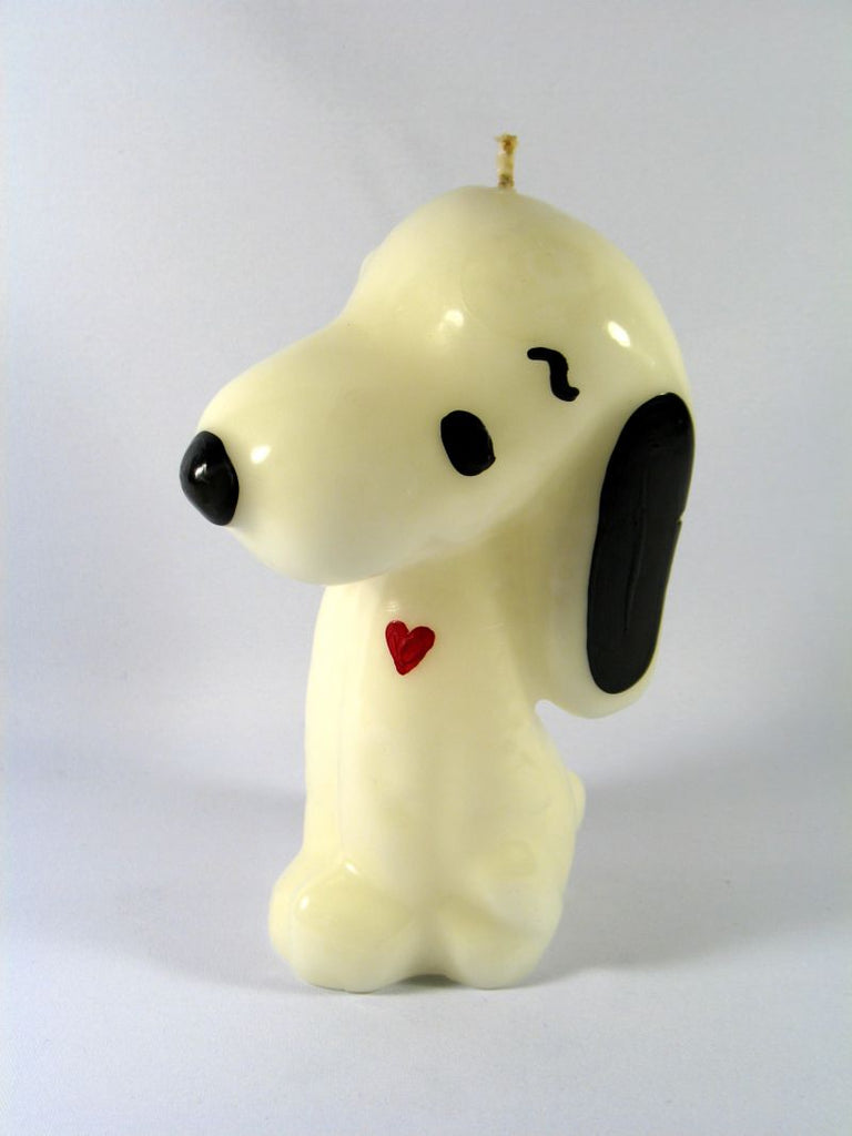 Snoopy With Heart Table Candle
