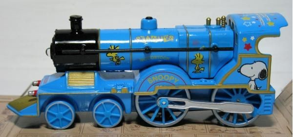 Snoopy and Woodstock Light and Sound Die-Cast Train (Blue)