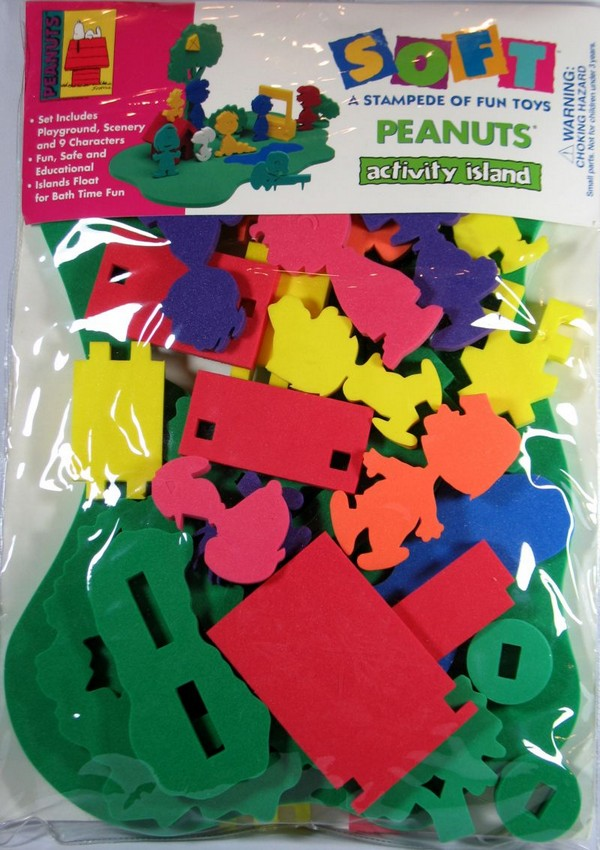 Peanuts Foam Play Set - Activity Island