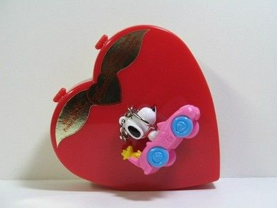 Snoopy Valentine's Day Candy Heart + PVC Key Chain