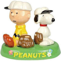 Charlie Brown and Snoopy Baseball Salt and Pepper Shakers On Tray