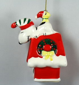 1987 Snoopy's Christmas Doghouse Christmas Ornament