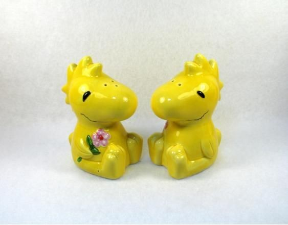 Benjamin & Medwin Woodstock Salt and Pepper Shakers