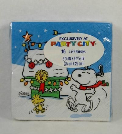 Snoopy's Decorated Doghouse Luncheon / Dessert Napkins