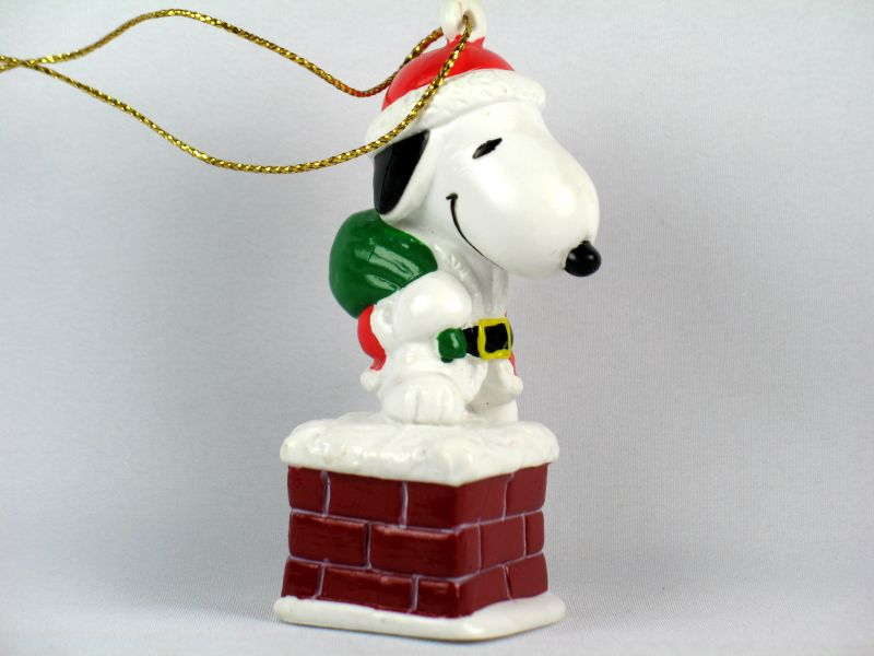 Snoopy In Chimney PVC Ornament