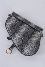 Load image into Gallery viewer, Snake Retro Crossbody