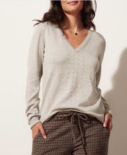 Load image into Gallery viewer, KILN knob hill v-neck sweater