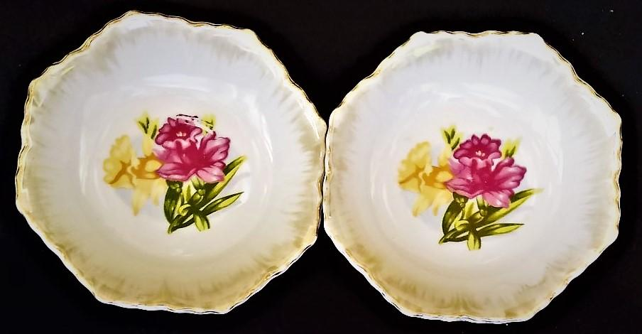 Vintage Fruit-Berry Bowls with Daffodil Design (2)