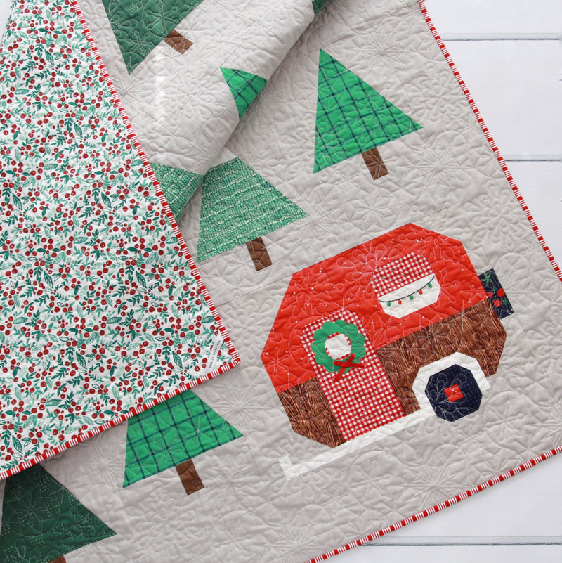 Christmas Up North Quilt [Plus Wreath & Holiday Lights Tutorial!]
