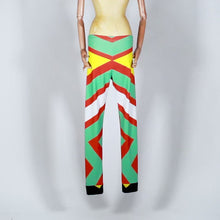 Load and play video in Gallery viewer, EXCLUSIVE TOM VAN DER BORGHT Legging red green yellow black printed polyester