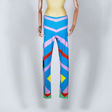 Load and play video in Gallery viewer, EXCLUSIVE TOM VAN DER BORGHT Legging blue purple red white printed polyester