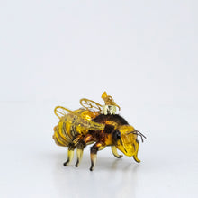 Load image into Gallery viewer, GLASS HONEY BEE ORNAMENT