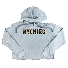 Load image into Gallery viewer, Women's WYOMING Fleece Crop Hoodie - Heather Grey