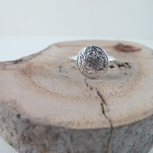 Load image into Gallery viewer, Uniform button imprinted ring - Swallow Jewellery