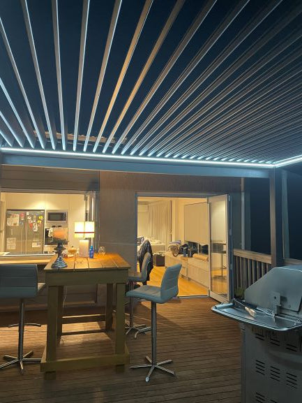TLP Free Standing Manual Crank Louvre Pergola (White) 4mx3mx2.5m with built in LED lights