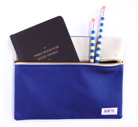 Travel Pouch in Medium Blue