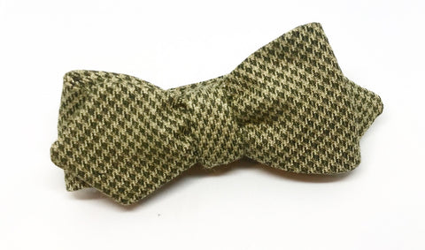 Tan Wool Houndstooth Bow Tie