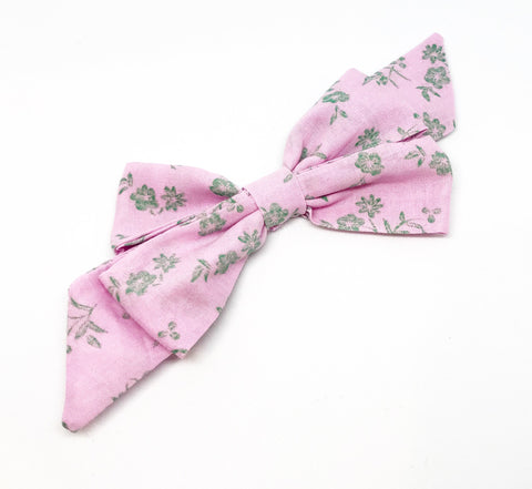 Mademoiselle Pet Bow in Floral Sketch (green)