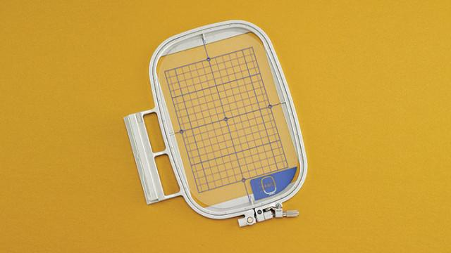 "Embroidery Frame & Grid  5""x7"" - Babylock EF75"