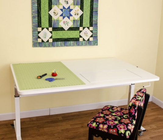 Tasmanian Hgt Table White Kangaroo Sewing Table