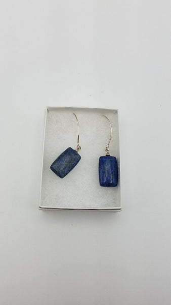 SINGLE LAPIS STONE EARRINGS