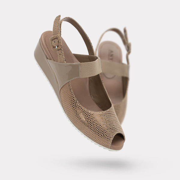 The Carina - Sand Pois Suede