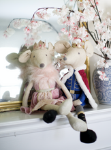Load image into Gallery viewer, Mon Ami King Mouse Decor Doll