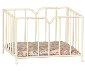 Micro Playpen in Off White