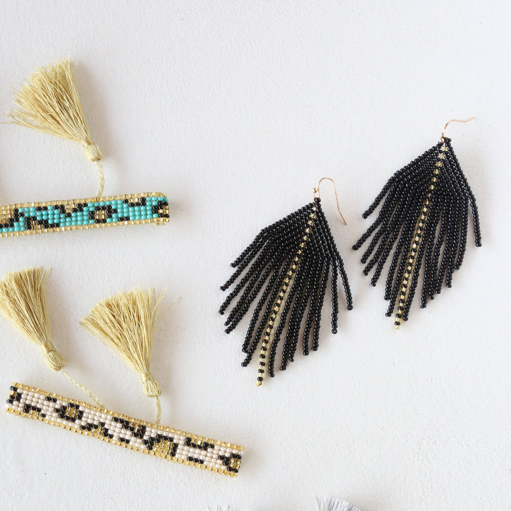 Raya Black Earrings