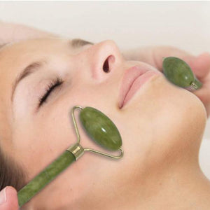 The Jade Facial Roller