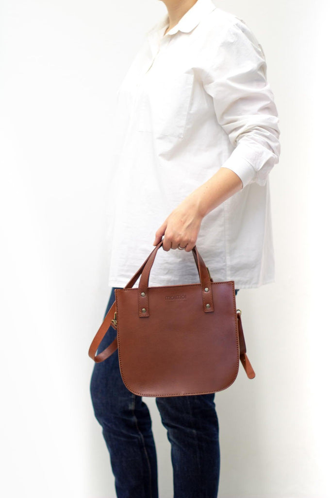 ISABEL tote bag in brown - ON DISPLAY - MOIMOI accessories