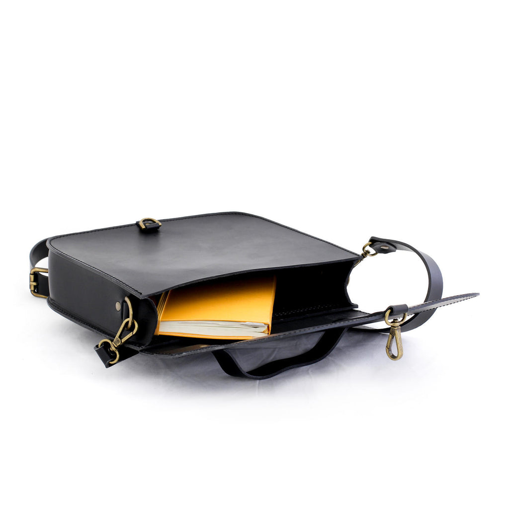 MONO satchel bag in black - MOIMOI accessories