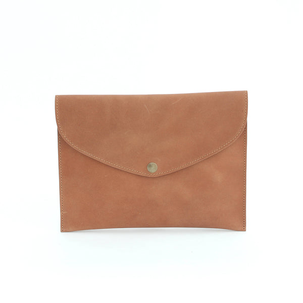 ROSEMARY clutch in camel nubuck - TREASURES - MOIMOI accessories