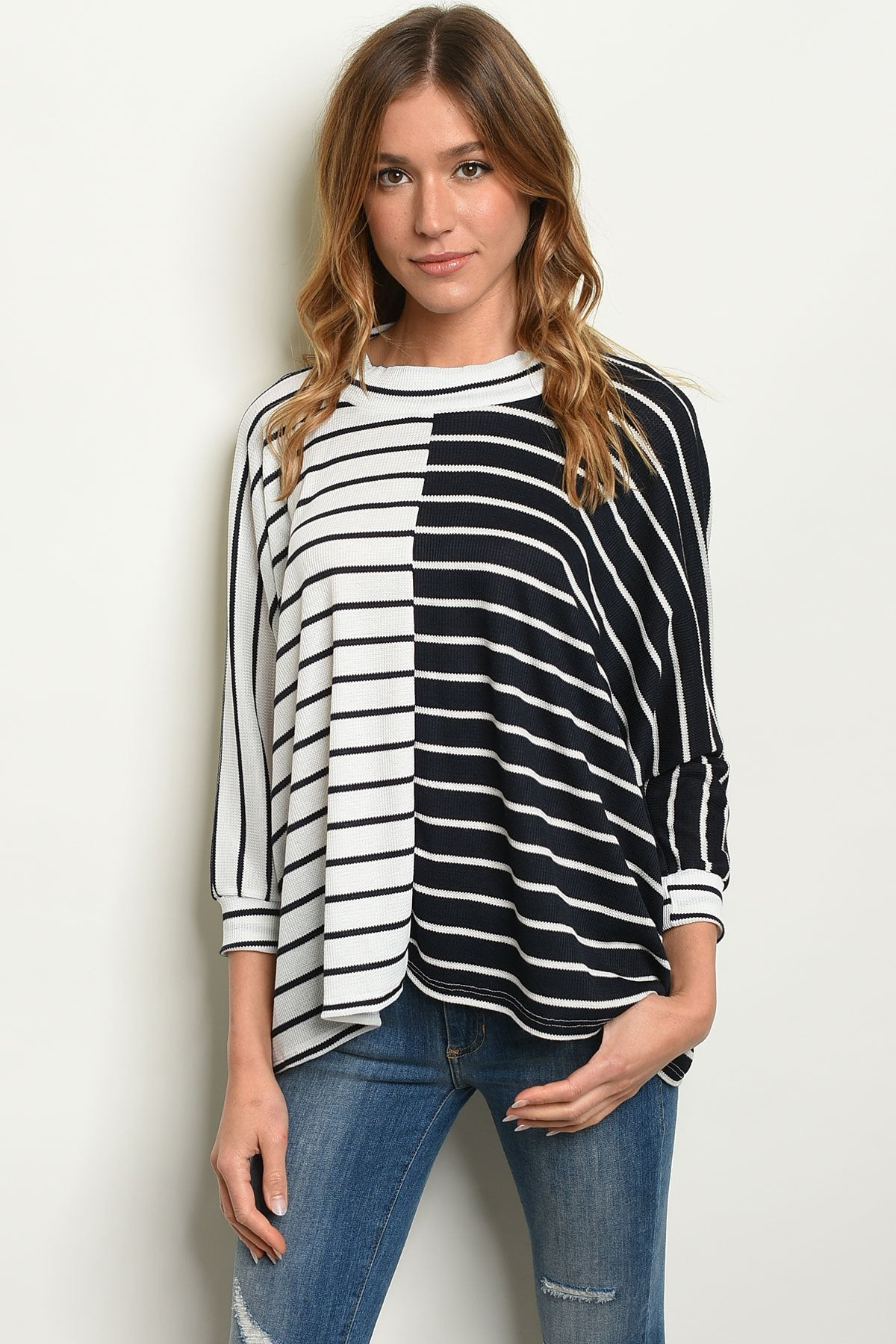 Navy White Top - Manifest Best Boutique