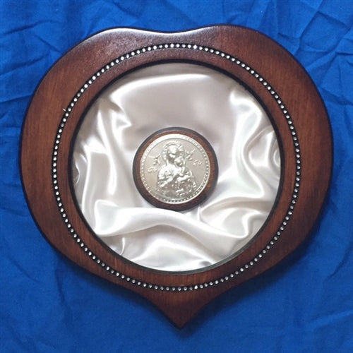 Heart With Decorated Framing Crown Case