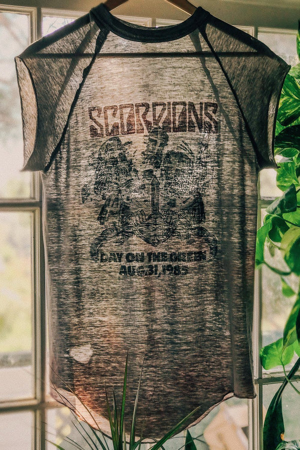 1985 Scorpions Tissue Thin (Sheer!) Summer Sting 50/50 Muscle Tee