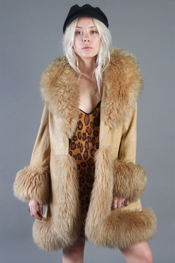 Woodstock Gold 1960s Unreal Penny Lane Statement Coat (With Suede Peace Sign On Shoulder)