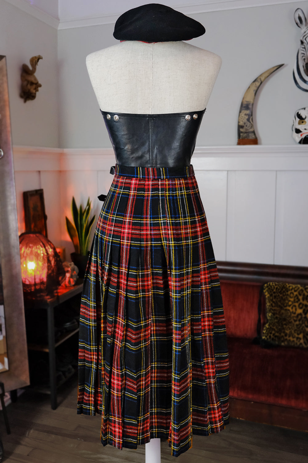 Red Plaid Wool Buckle Skirt