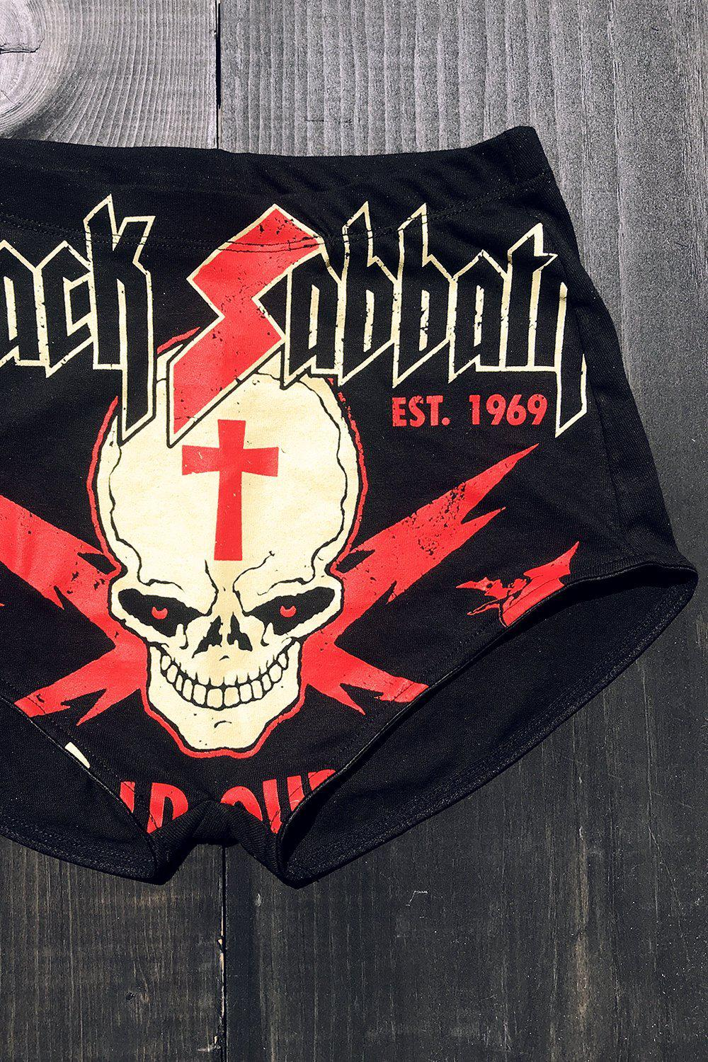 IN STOCK NOW Black Sabbath T-Shirt Shorts・Size S