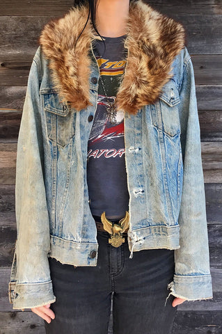 The Perfect Faded 'N Thrashed Levi's Denim Jacket (With Removable Vtg Fur Collar!)