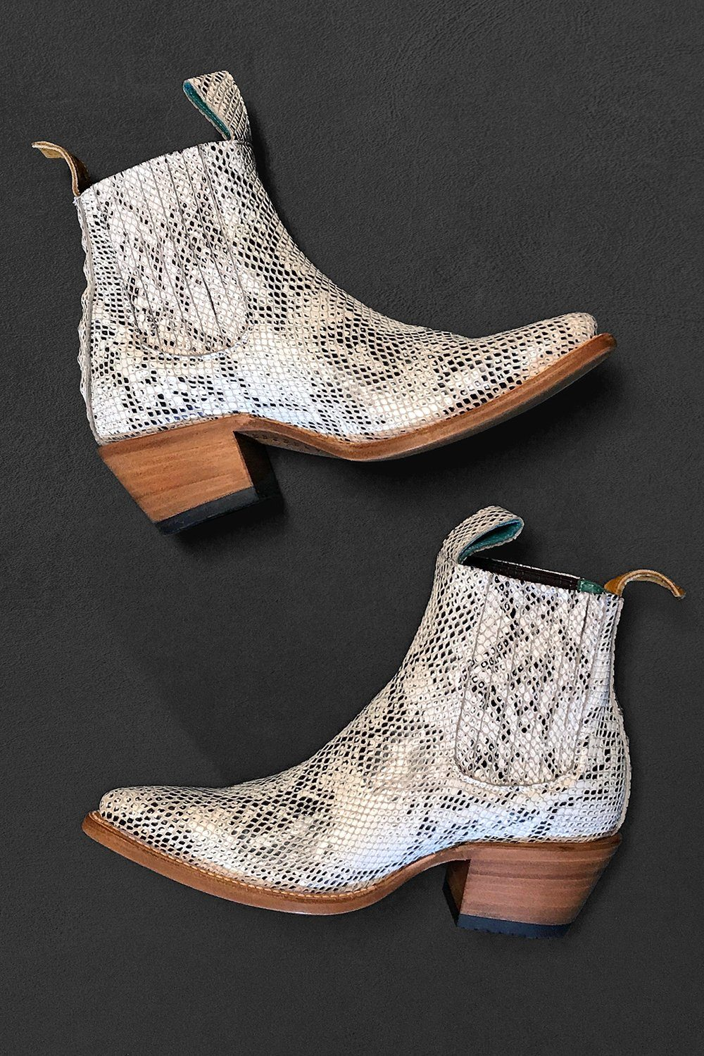 No.1001 Manuas Serpentine Freeway Boots by PSKaufman
