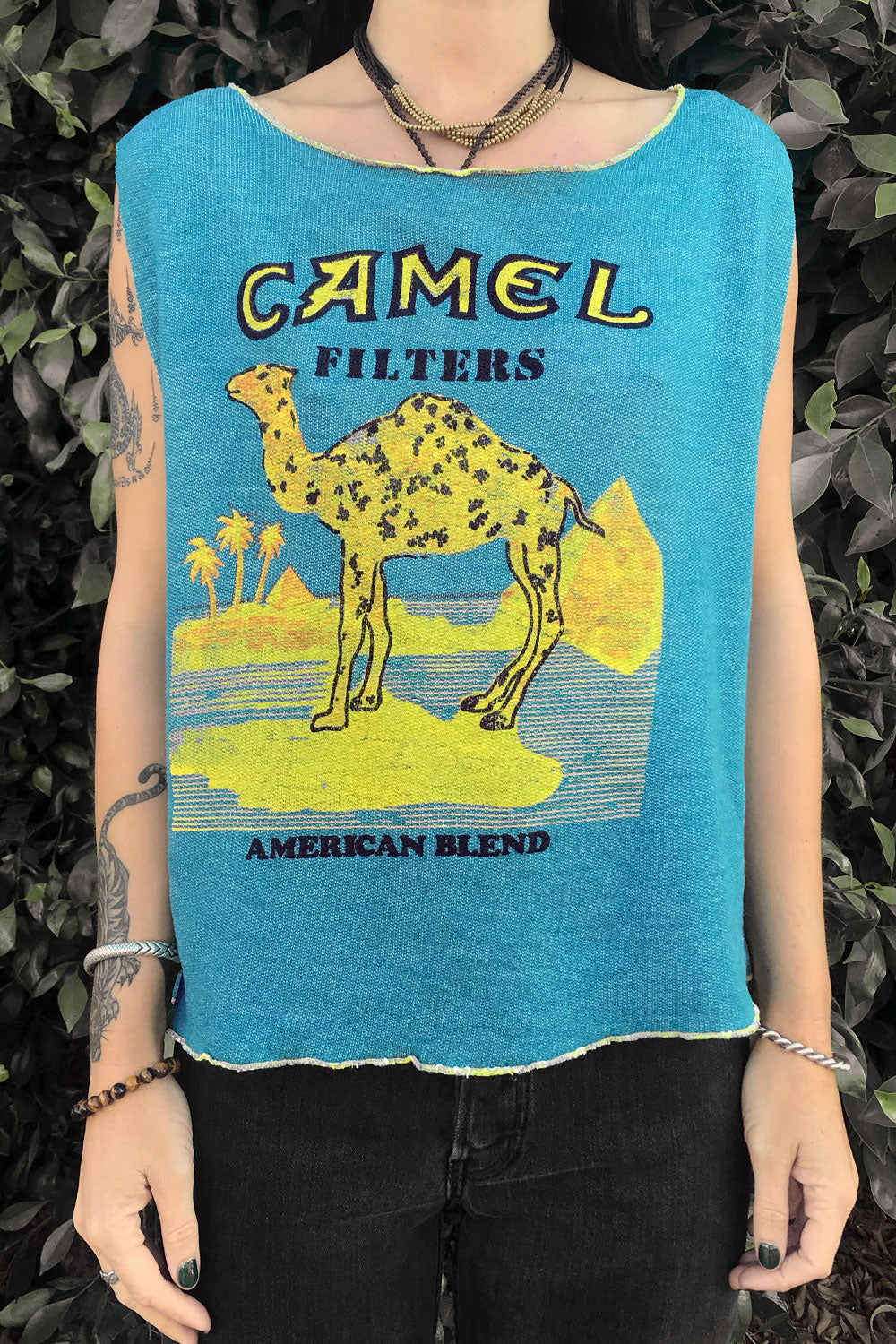 Holy Smokes 🔥Vintage Camel Muscle Sweatshirt