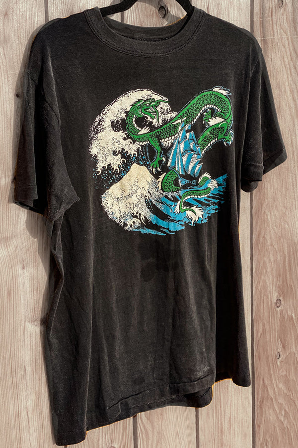 '80s Vintage Dragon & Wave Tee
