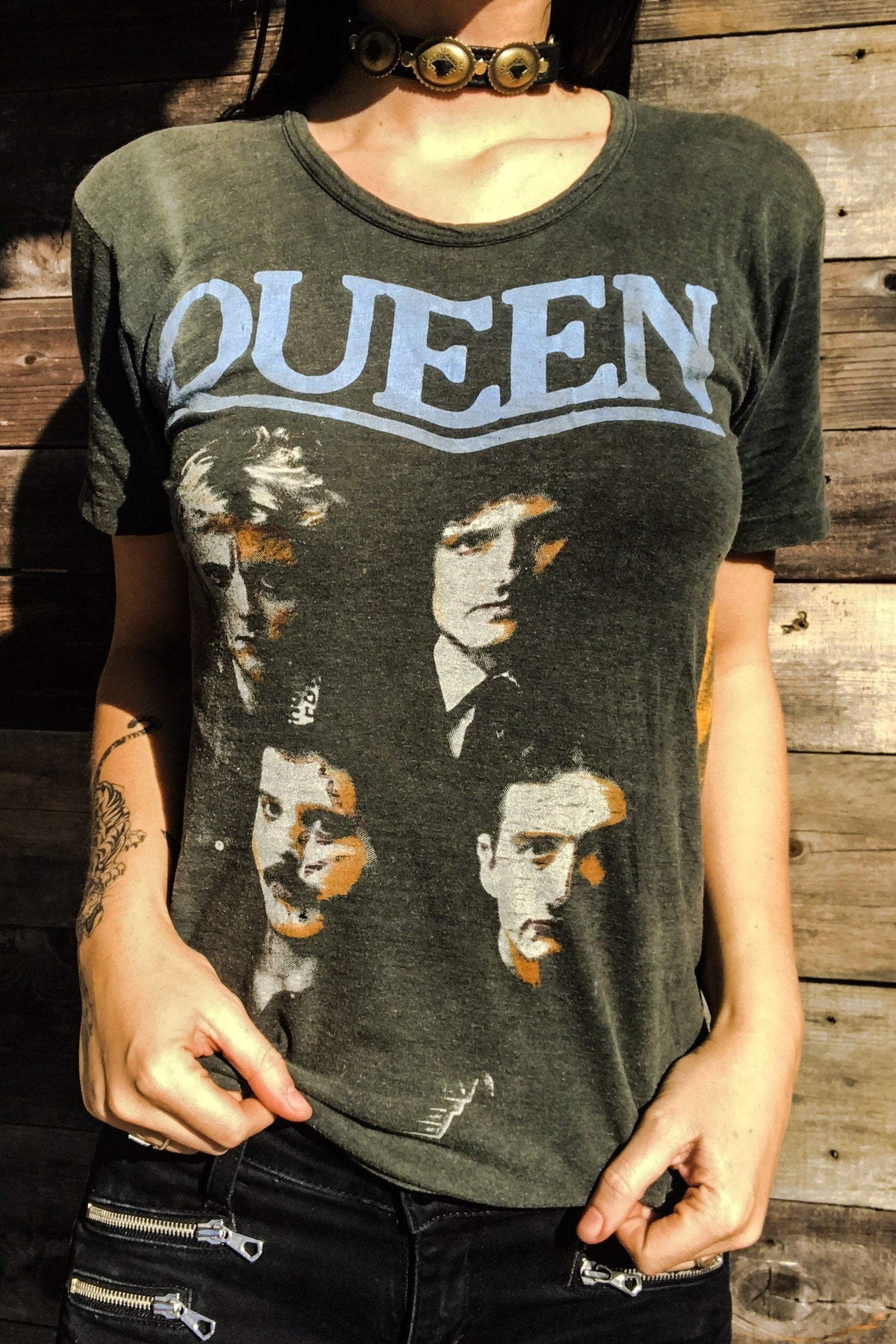 1982 QUEEN Paper Thin & Buttery Soft Germany Rare Tour Tee