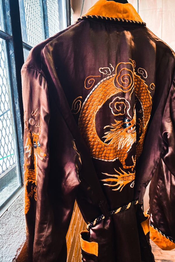 Shangri La Vintage Embroidered Dragon Robe