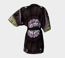 Charger l'image dans la galerie, #fractalwraps Chocolate Dream Custom Kimono Robe