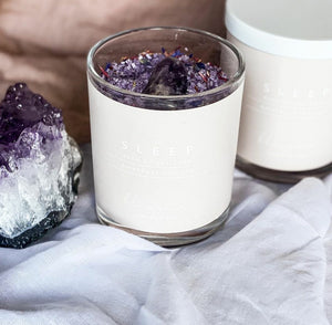Made with Dead Sea salt, magnesium flakes, Epsom salt, lavender essential oil and organic dried botanicals.   Infused with a large amethyst palm stone to place in the bath while you soak. Amethyst is a great stone to relax the mind and body. Helping you drift off for a restful night sleep
