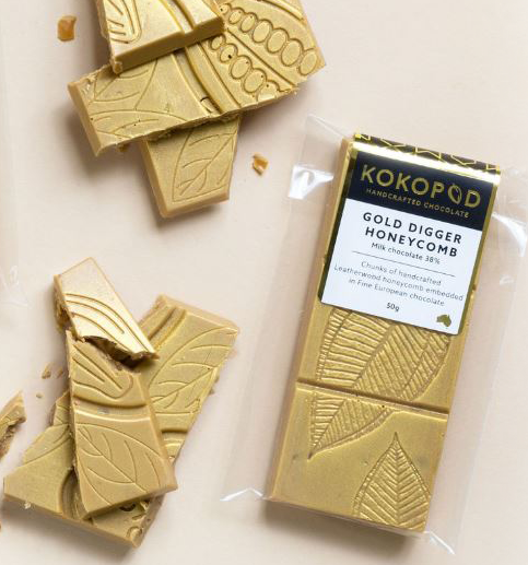 Milk chocolate 38%  Chunks of handcrafted Leatherwood honeycomb embedded in Fine European chocolate  GLUTEN FREE  50g